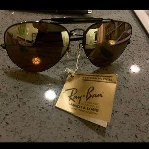 Vintage Bausch & Lomb Ray Ban B15 Sunglasses!
